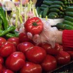 Обнаружены вредители: в России давят на азербайджанские помидоры