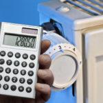 Жители не смогут оштрафовать коммунальщиков за некачественные услуги